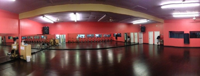 Stayfit Health Clubs is one of Lieux qui ont plu à Andre.