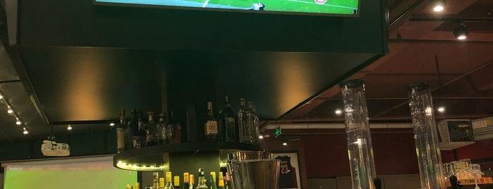 O'learys Sports Restaurant Pub is one of Locais curtidos por Gökhan.