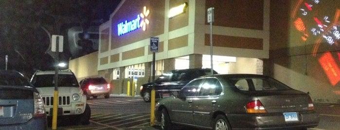 Walmart is one of Orte, die Lindsaye gefallen.