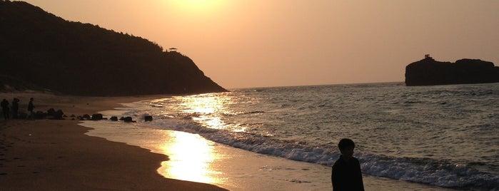 Hakuto Coast is one of สถานที่ที่ Shigeo ถูกใจ.