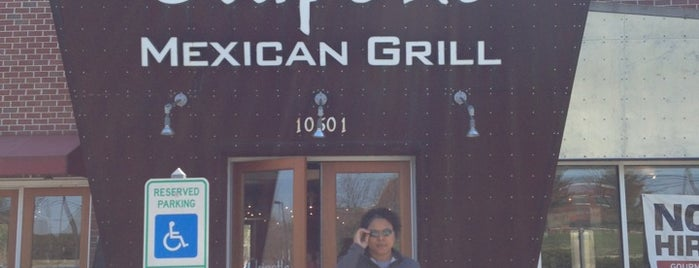 Chipotle Mexican Grill is one of สถานที่ที่ Eric ถูกใจ.