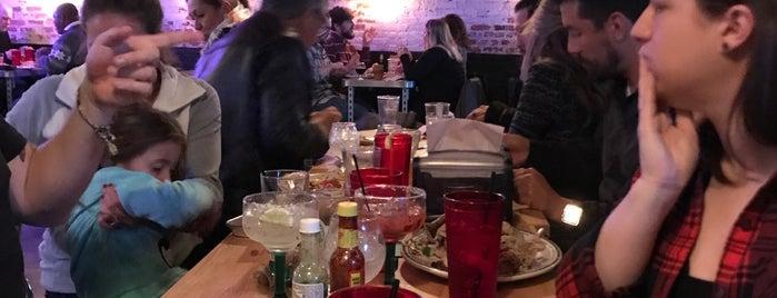 Garage Taco Bar is one of Orte, die gerardo gefallen.