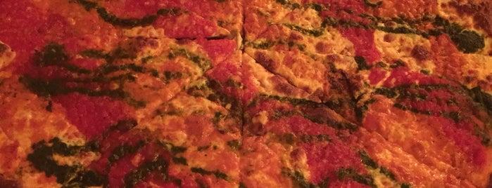 Joe & Pat's Pizzeria and Restaurant is one of NY Bucket List.