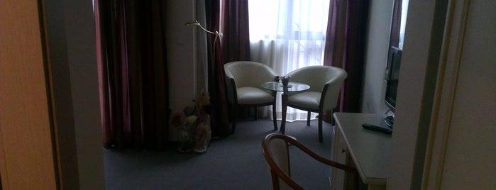St. George Hotel is one of TC Murat 님이 좋아한 장소.