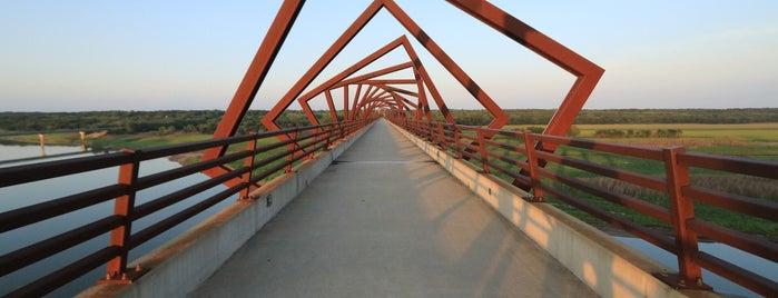 High Trestle Trail Bridge is one of Evan[Bu] Des Moines Hot Spots!.