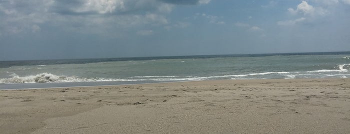 Point Pleasant  Beach (South End) is one of Kenさんのお気に入りスポット.