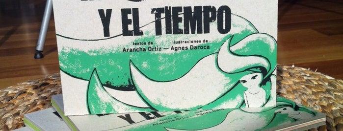 El Pequeño Teatro De Los Libros http://www.teatrodeloslibros.net is one of Librerias de Zaragoza.