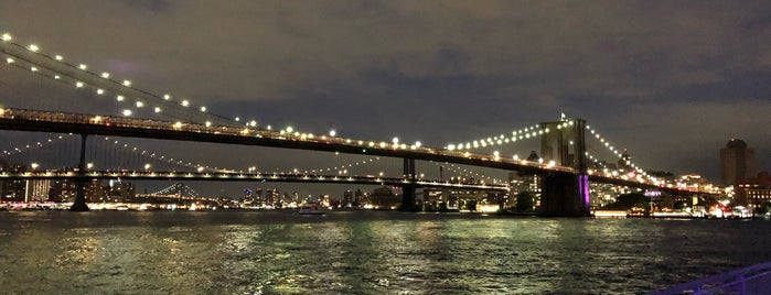 The Heineken River Lounge at Pier 17 is one of nyc outdoor eats & drinks.