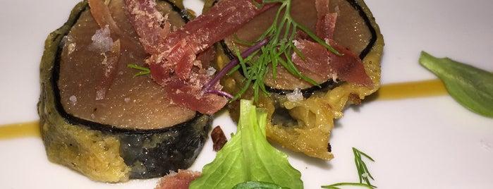 La Morada is one of Restaurantes medios.