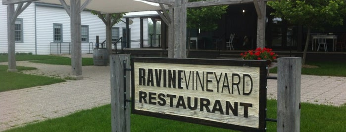 Ravine Vineyard Estate Winery is one of Winery.