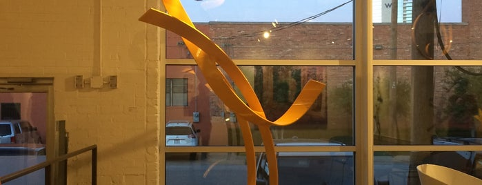 Craighead Green Gallery is one of Must-visit Art Galleries in Dallas.