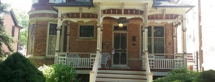 Charles Loucks House is one of Historic Chicago.