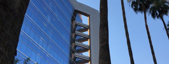 Howard Hughes Center is one of Orte, die Silvia Luise gefallen.