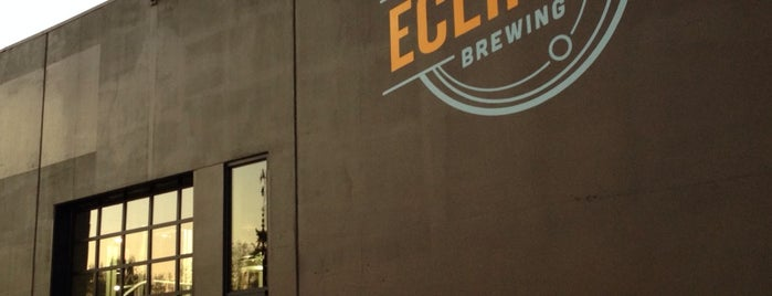 Ecliptic Brewing is one of Lugares favoritos de Crispin.