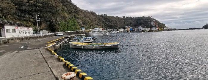 Habu Port is one of 高井'ın Beğendiği Mekanlar.