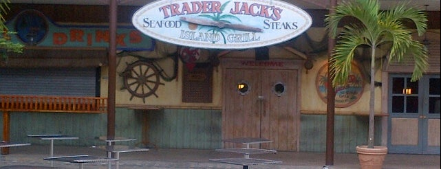 Trader Jack's is one of Comer.