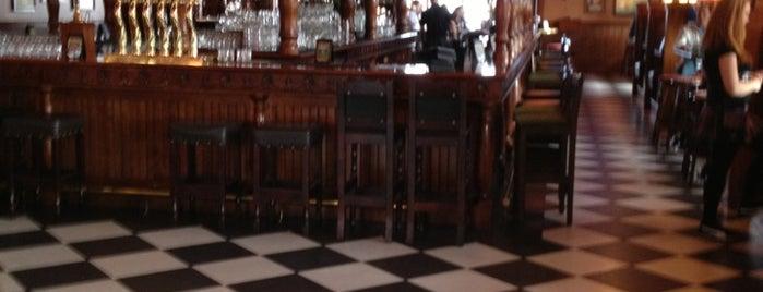 Park Lane Tavern is one of สถานที่ที่บันทึกไว้ของ Noel.