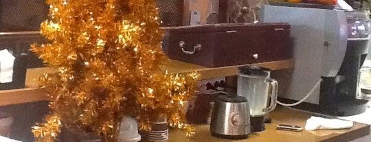 Waffle House is one of Lieux sauvegardés par ᴡᴡᴡ.Alina.zpshw.ru.