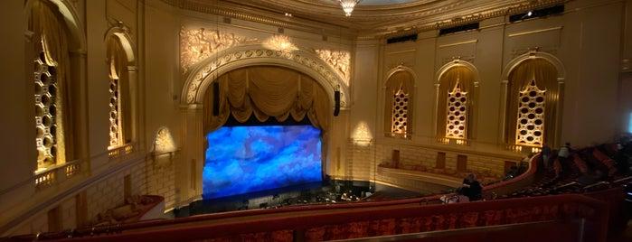 San Francisco Ballet is one of Lugares favoritos de Natasha.