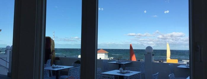 Café Röntgen is one of Lieux qui ont plu à Daniel.