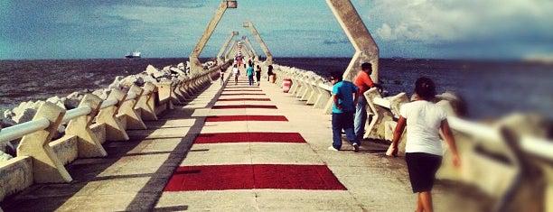Las Escolleras is one of Posti che sono piaciuti a Changui.