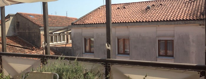 Ca' Pisani Hotel is one of Posti che sono piaciuti a Dev.