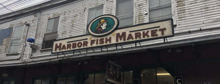 Harbor Fish Market is one of Mike : понравившиеся места.