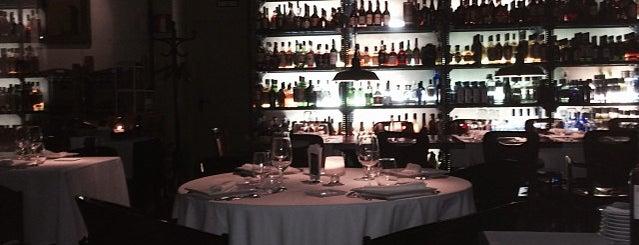 Speakeasy is one of Barcelona's romantic restaurants by TimeOut BCN.