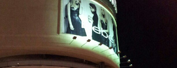 Beverly Center is one of list.