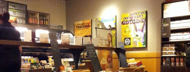 Starbucks is one of Lugares favoritos de Jesse.
