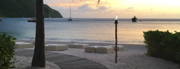 Sugar Beach, A Viceroy Resort is one of Carine'nin Beğendiği Mekanlar.