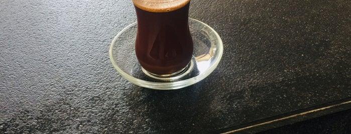 Hilton Sumac Restaurant is one of Posti che sono piaciuti a Bora.