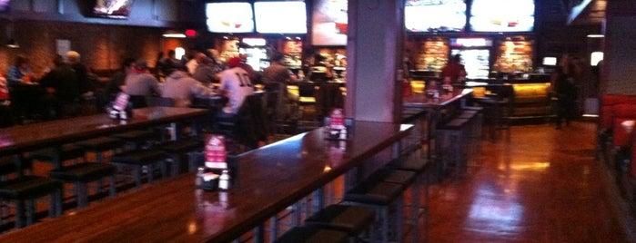 Fox & Hound Bar & Grill is one of Shuffle Board.