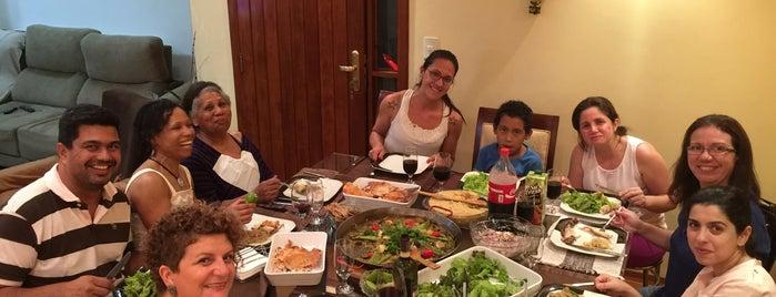 La Cocina Del Chef Ari is one of Posti che sono piaciuti a Erika.