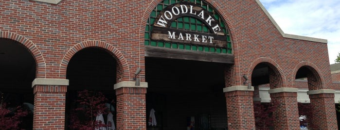 Woodlake Market is one of Non-NYC food to try.