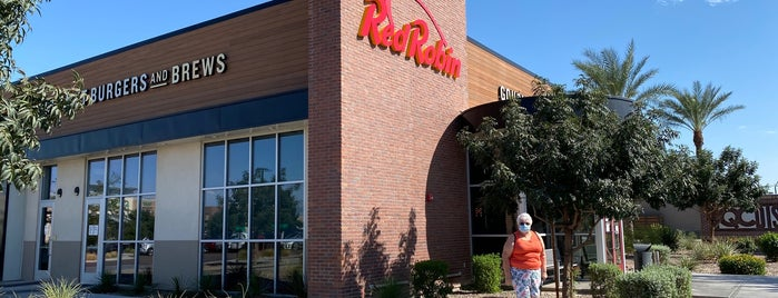 Red Robin Gourmet Burgers and Brews is one of Queen Creek.