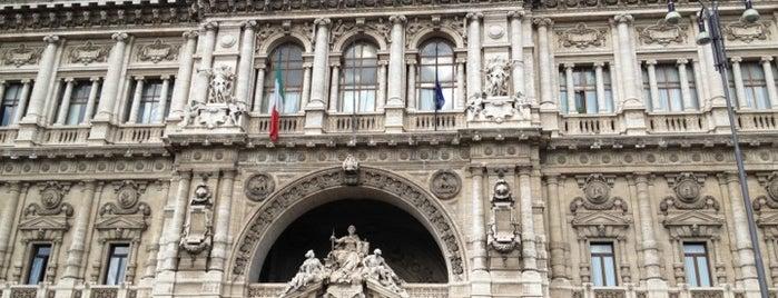 Palazzo di Giustizia is one of R : понравившиеся места.
