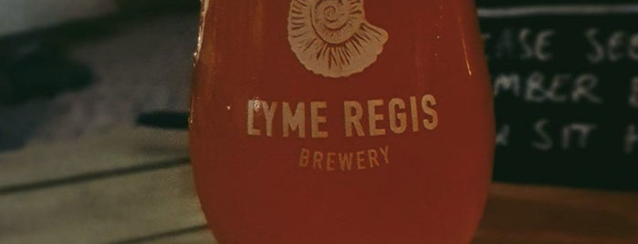 Lyme Regis Brewery is one of Carlさんのお気に入りスポット.