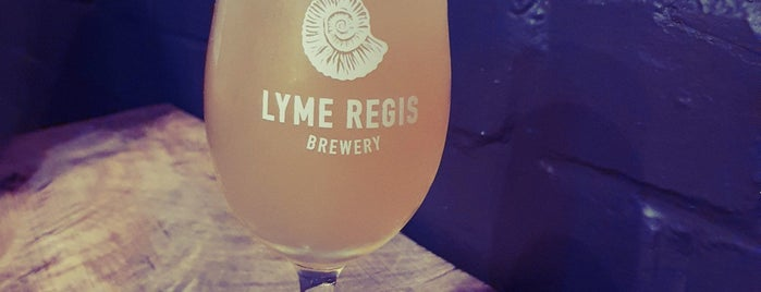 Lyme Regis Brewery is one of Carl 님이 좋아한 장소.