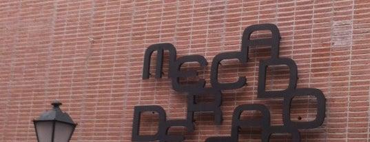 Mercado de San Antón is one of Madrid: Restaurantes +.