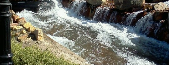 Bigfoot Rapids is one of Best Spots to Visit.