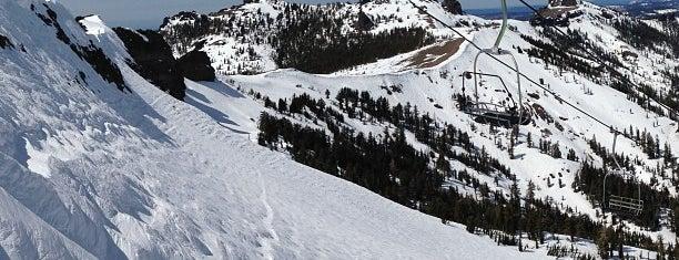 Kirkwood Mountain Resort is one of Orte, die Jim gefallen.