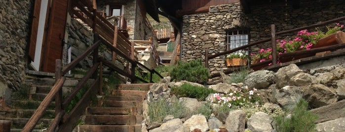 Bessen Haut is one of Art and architecture around Sestriere.