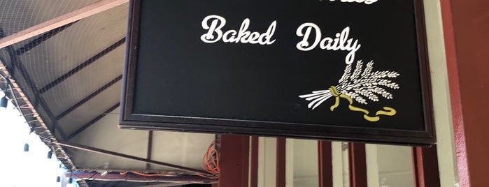 Damsel & Hopper Bakeshop is one of Lieux qui ont plu à Cusp25.