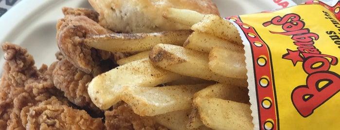 Bojangles' Famous Chicken 'n Biscuits is one of Orte, die abdulnaby gefallen.