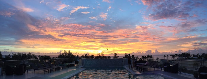 Grand Sunset Hotel Karon Beach is one of Christine 님이 좋아한 장소.