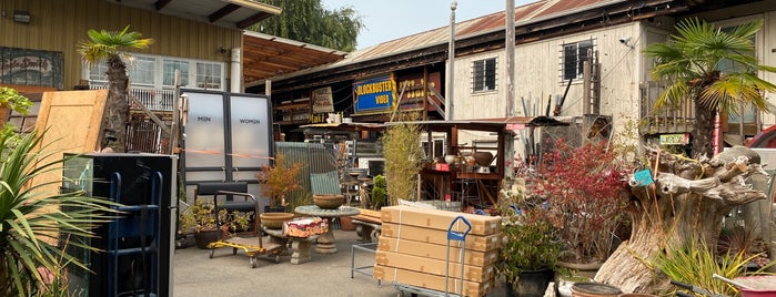 Earthwise Architectural Salvage is one of Pacific Northwest.