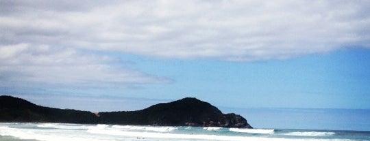 Praia do Rosa is one of Melhores Praias.