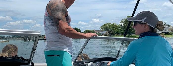 Lake Conway is one of Leah'ın Beğendiği Mekanlar.