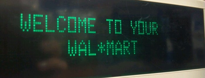 Walmart Supercenter is one of Gespeicherte Orte von Jake.
